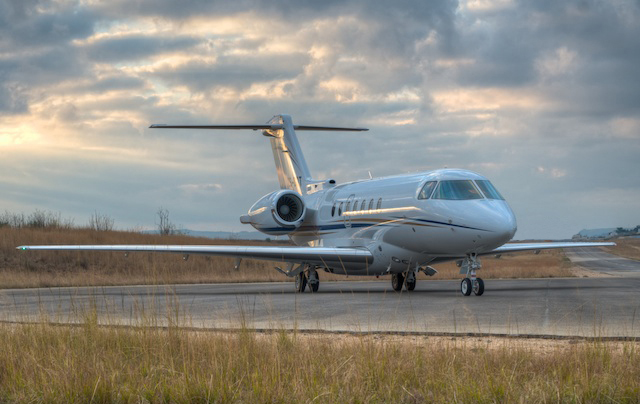 Hawker-4000