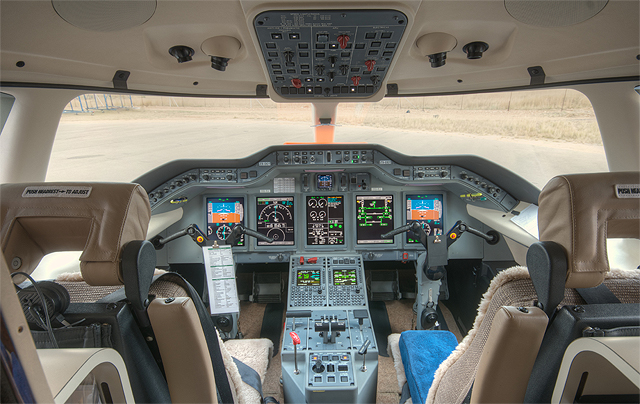 Hawker 4000 Cockpit