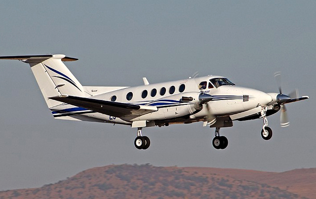 King Air 200 taking off