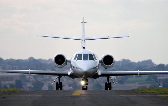 Dassault Falcon 2000 on the runway