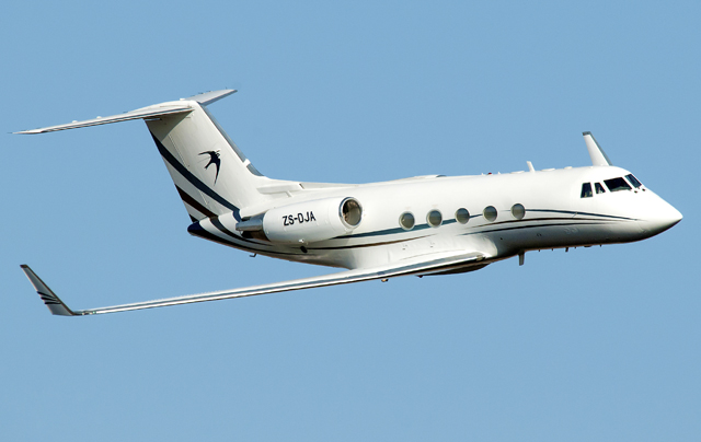 Gulfstream GIIB in flight