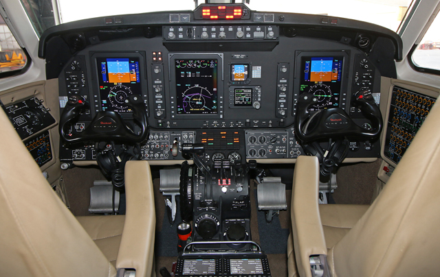 King Air 350 cockpit